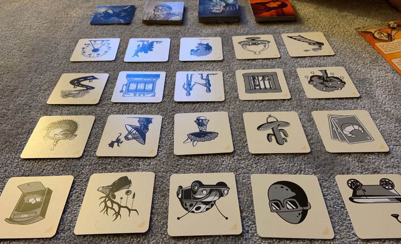 Imagery in Codenames Pictures