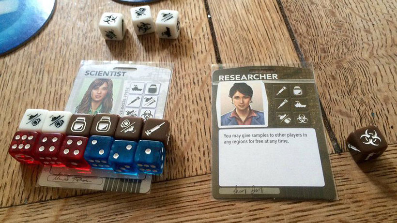 Pandemic: The Cure - Roles and Dice