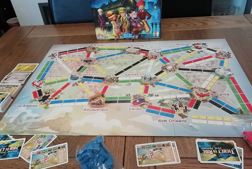 Ticket to Ride First Journey - Board and Componets