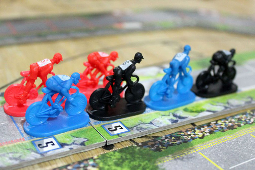 Games of the Month - January 2019 - Flamme Rouge