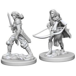 Pathfinder RPG: Deep Cuts Unpainted Miniatures: Human Female Fighter (Wave 1)