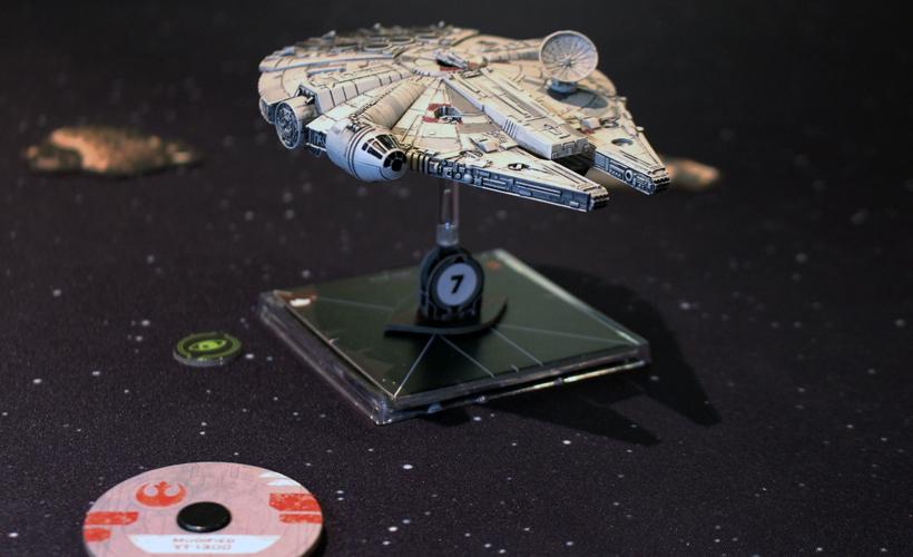Millennium-Falcon-Review-X-Wing-2nd-edition-tabletop-zatu