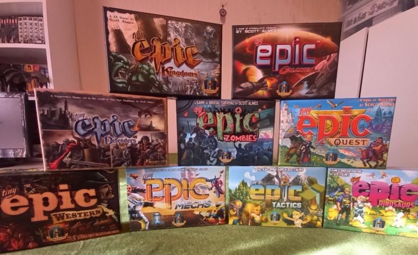 tiny epic game display