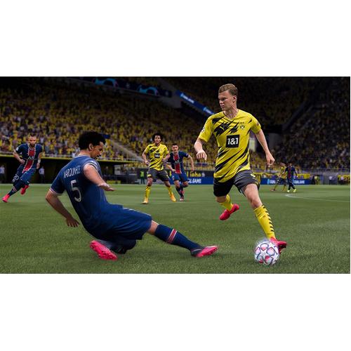 FIFA 21 - PS4 - Gameplay Shot 2