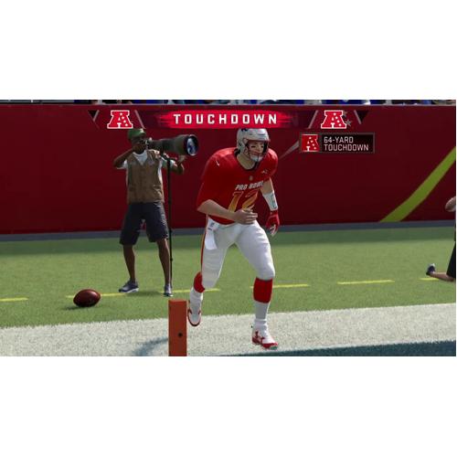 Madden NFL 21 - PS4 - Gameplay Shot 2