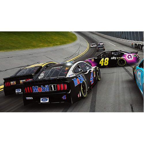 NASCAR Heat 4 - PS4 - Gameplay Shot 2