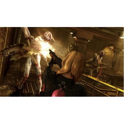 Resident Evil Revelations HD - PS4 - Gameplay Shot 2